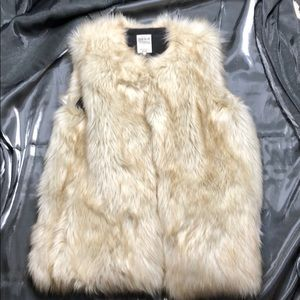Zara Trafaluc Outerwear Beige Fur Vest